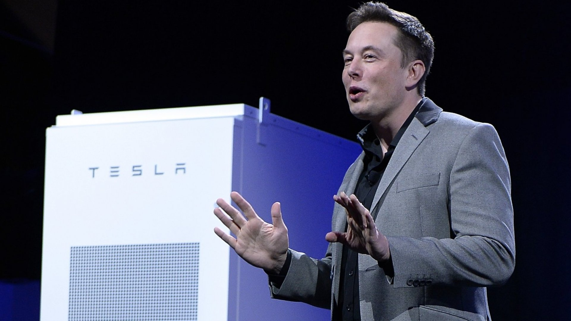 Elon Musk Unveils Tesla's Ambitious New Home Battery System