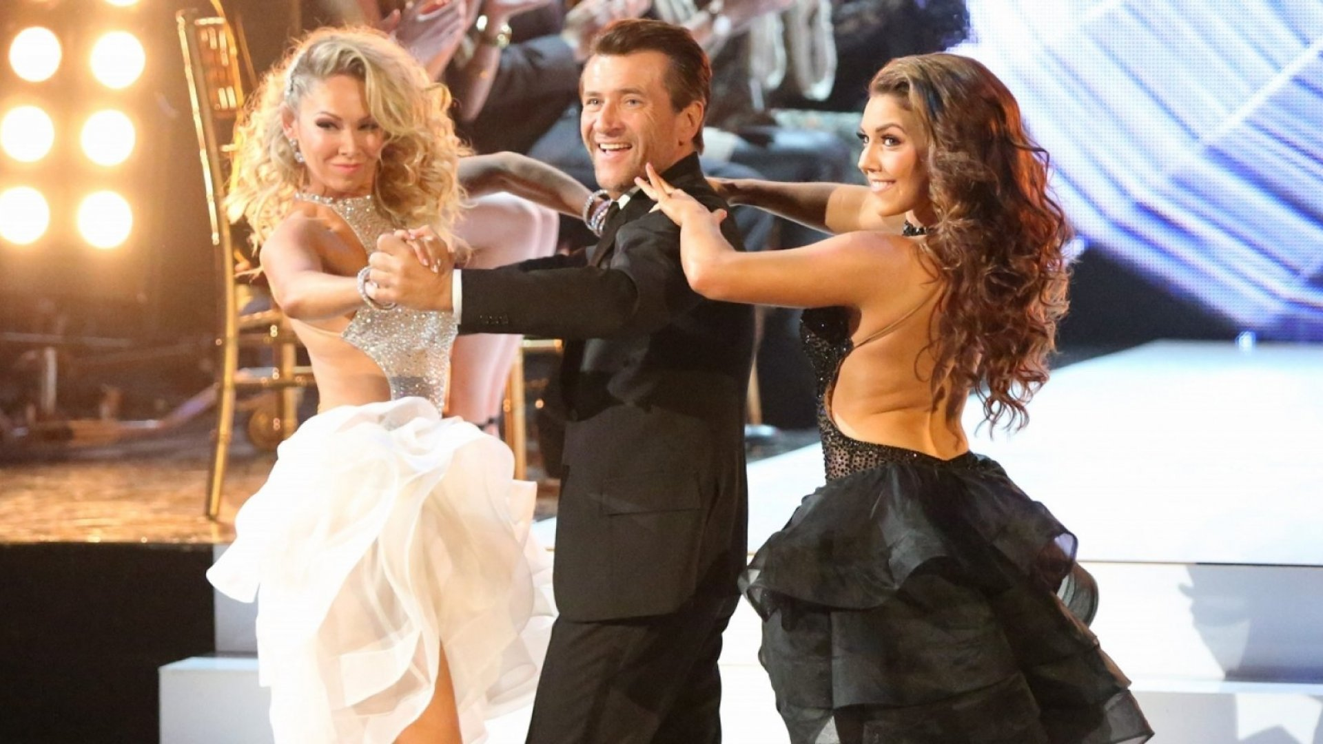 5 Business Lessons Robert Herjavec Learned on 'Dancing With the Stars'