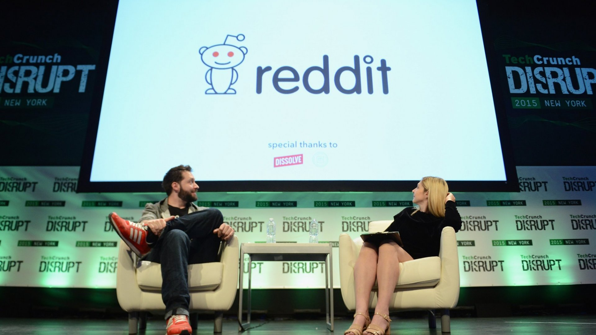 10 Best Subreddits for Entrepreneurs on Reddit's 10th Birthday
