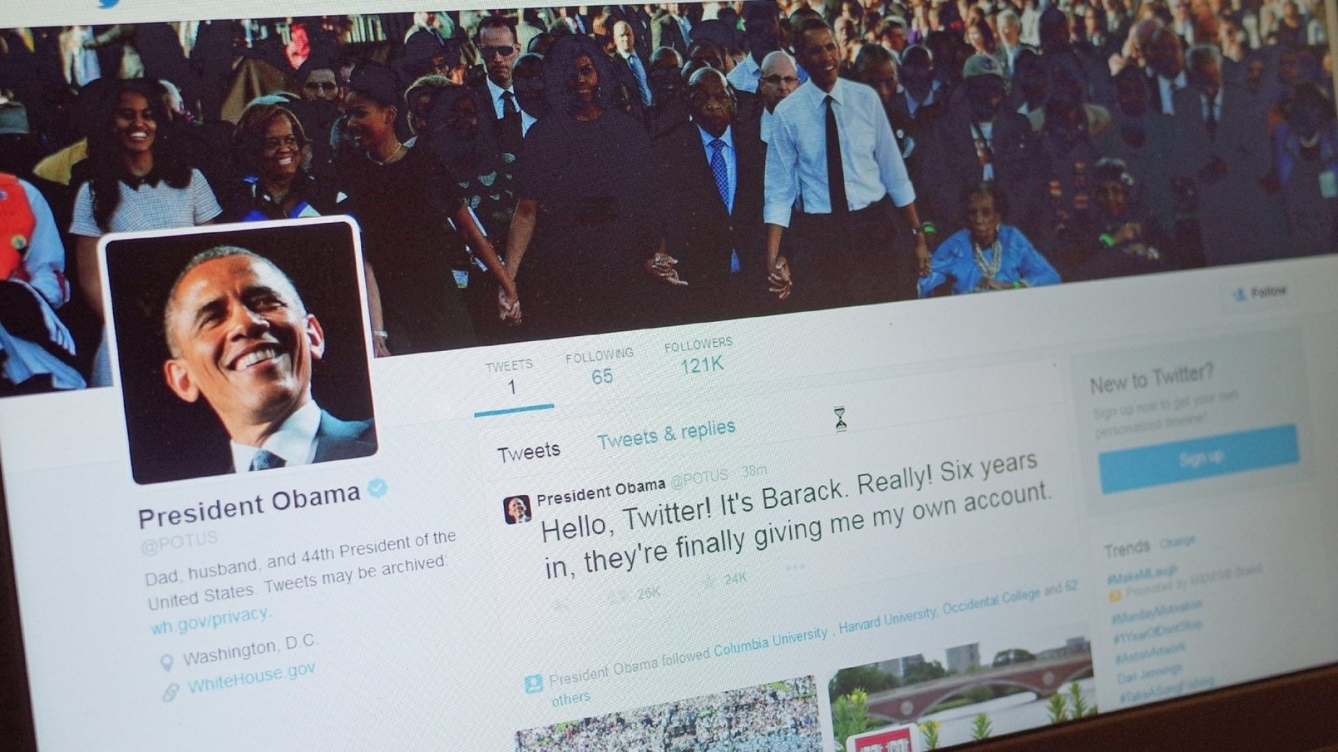 Obama Will Transfer Twitter, Facebook Accounts to New President