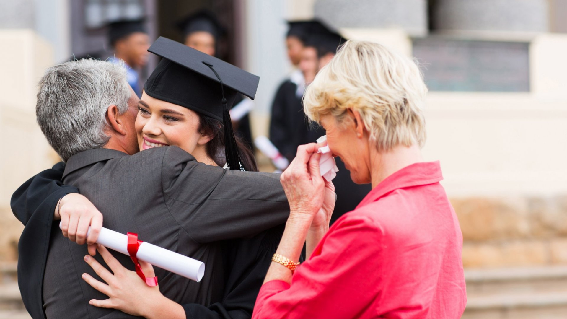 4 Things That Every Parent Should Tell Their Kids on Graduation Day