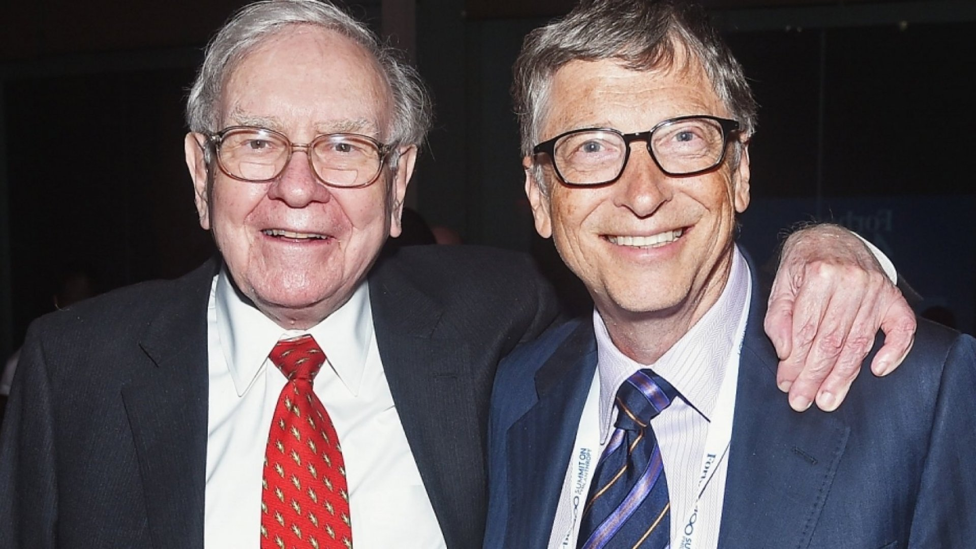 12 IncredibleTrue Christmas Stories Starring Warren Buffett, Bill Gates, Steve Jobs andElon Musk