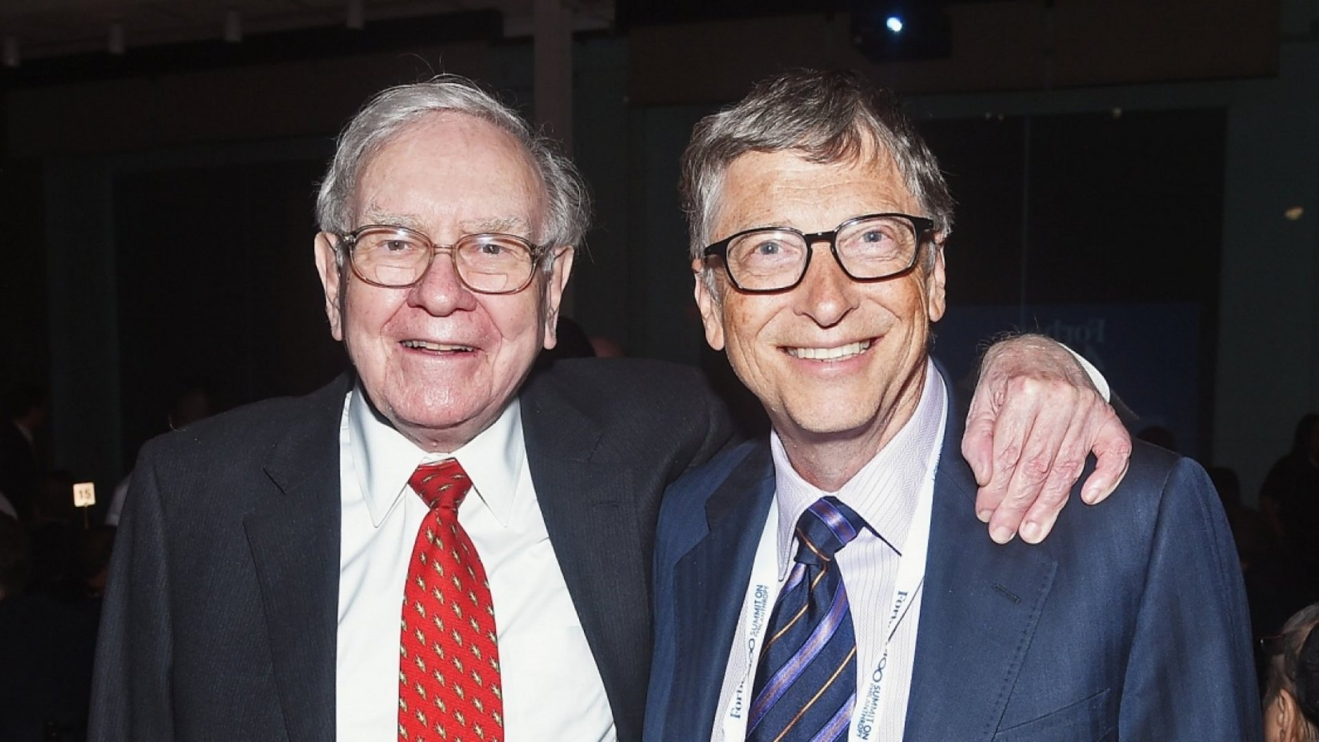 The 1 Book Bill Gates and Warren Buffett Say You Should Read to Succeed