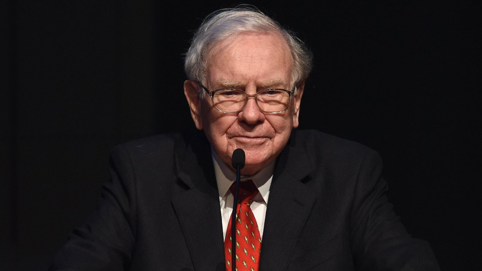Stop Trying to Land the Perfect Job. Find the Best Leader to Work For Instead, Says Warren Buffett