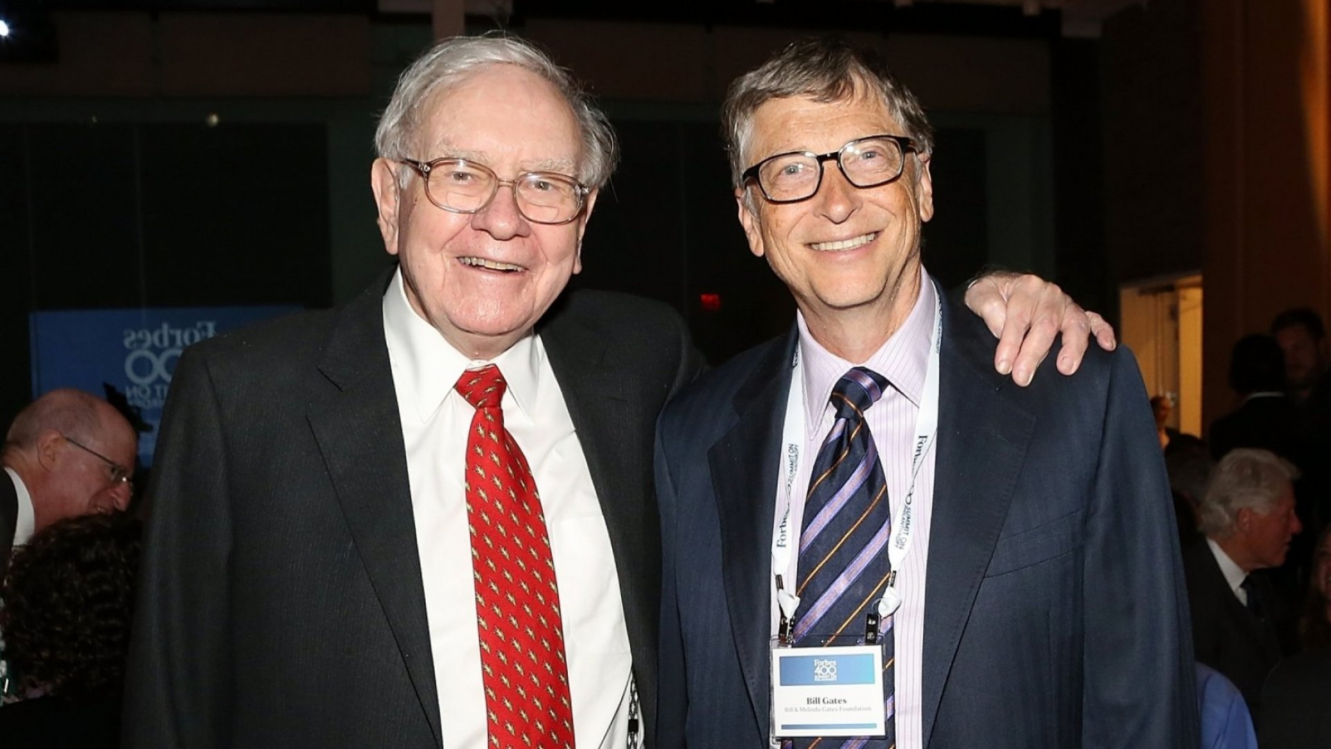 Warren Buffett Taught Bill Gates to Do More of These 2 Things to Boost Success and Happiness