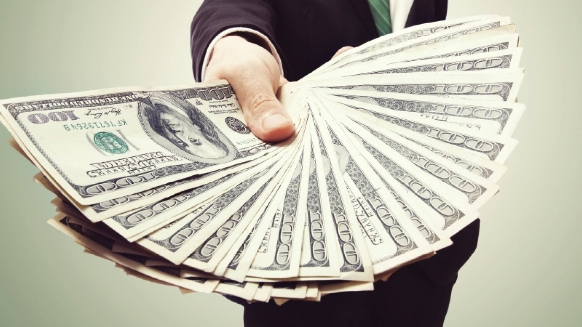 7 Financial Secrets of the World's Wealthiest People