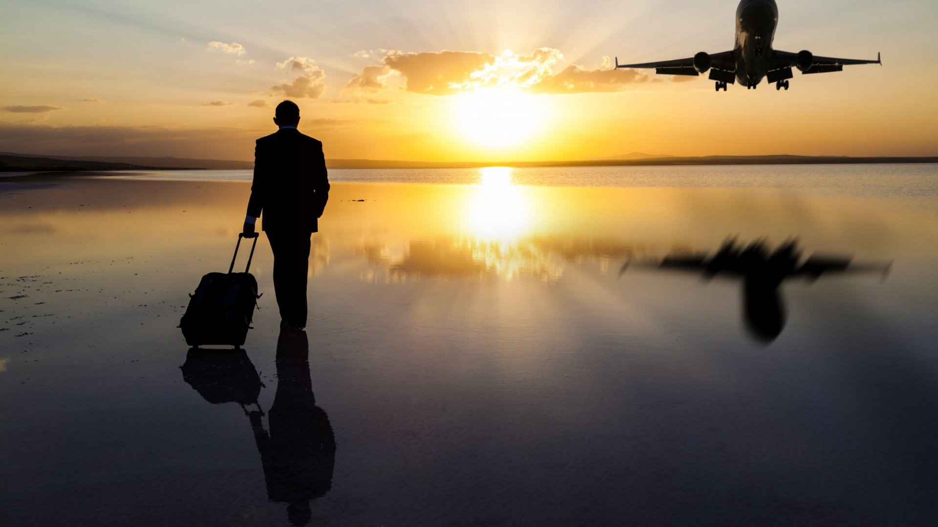 4 Time-Saving Hacks When Traveling for Business