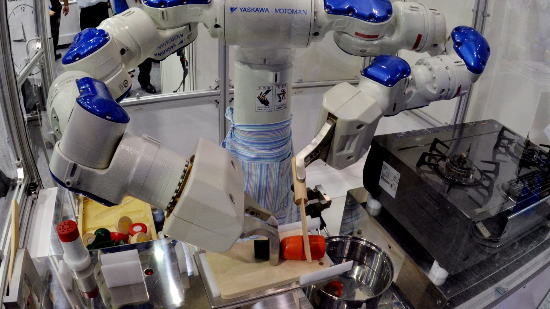 Meet Flippy the Burger-Flipping Robot (He's Hungry to Steal Your Fast-Food Job)
