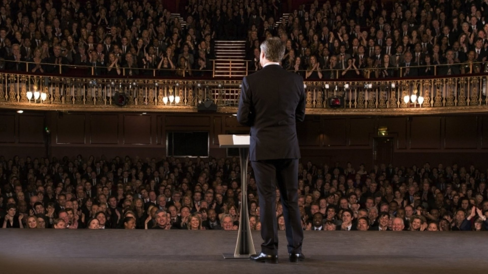 25 Tips to Become a Better Public Speaker