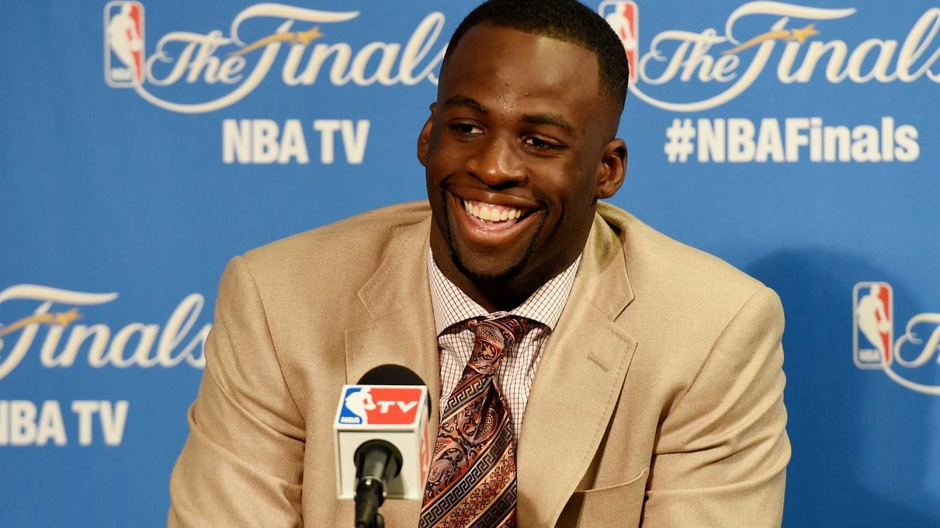 Why NBA Superstar Draymond Green Always Wants to Be the Dumbest Person in the Room (and How That Approach Could Someday Make Him a Billionaire)