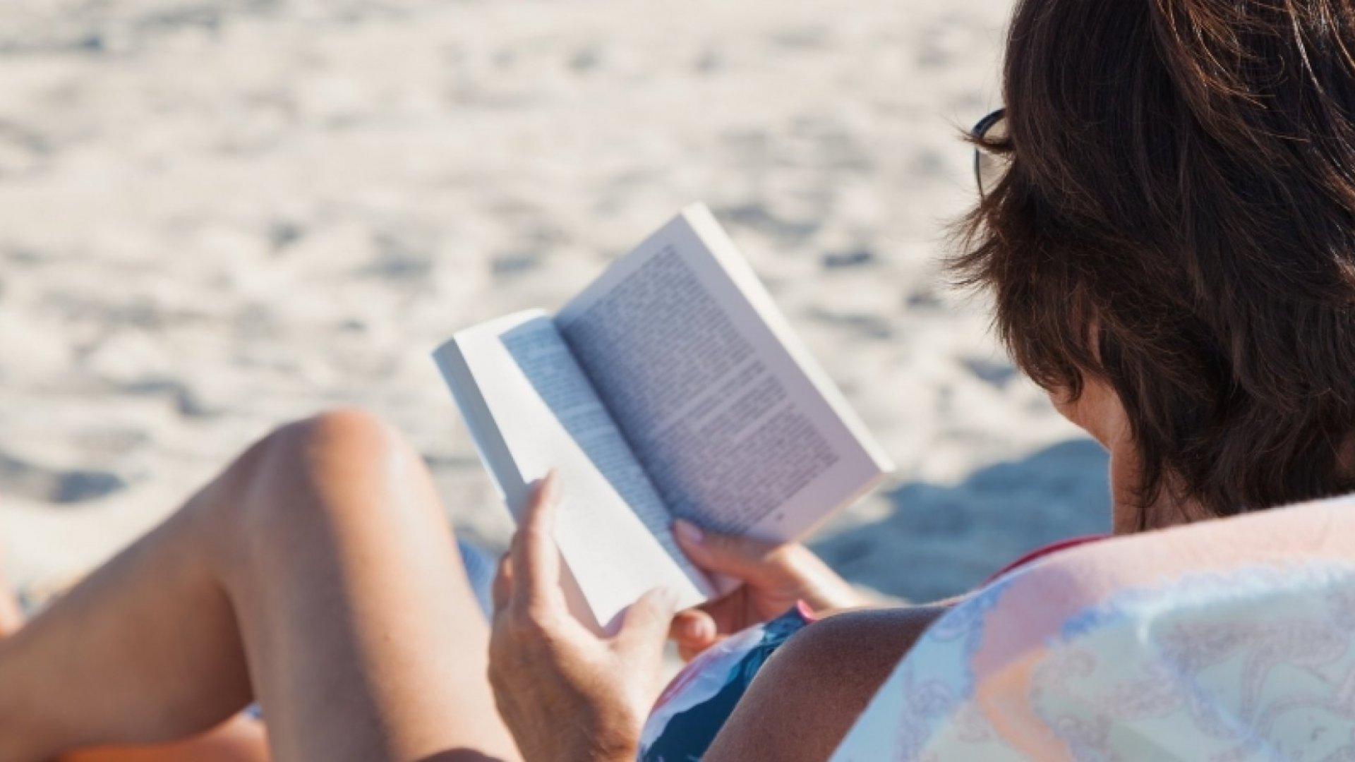7 Best Beach Reads for the Business Mind