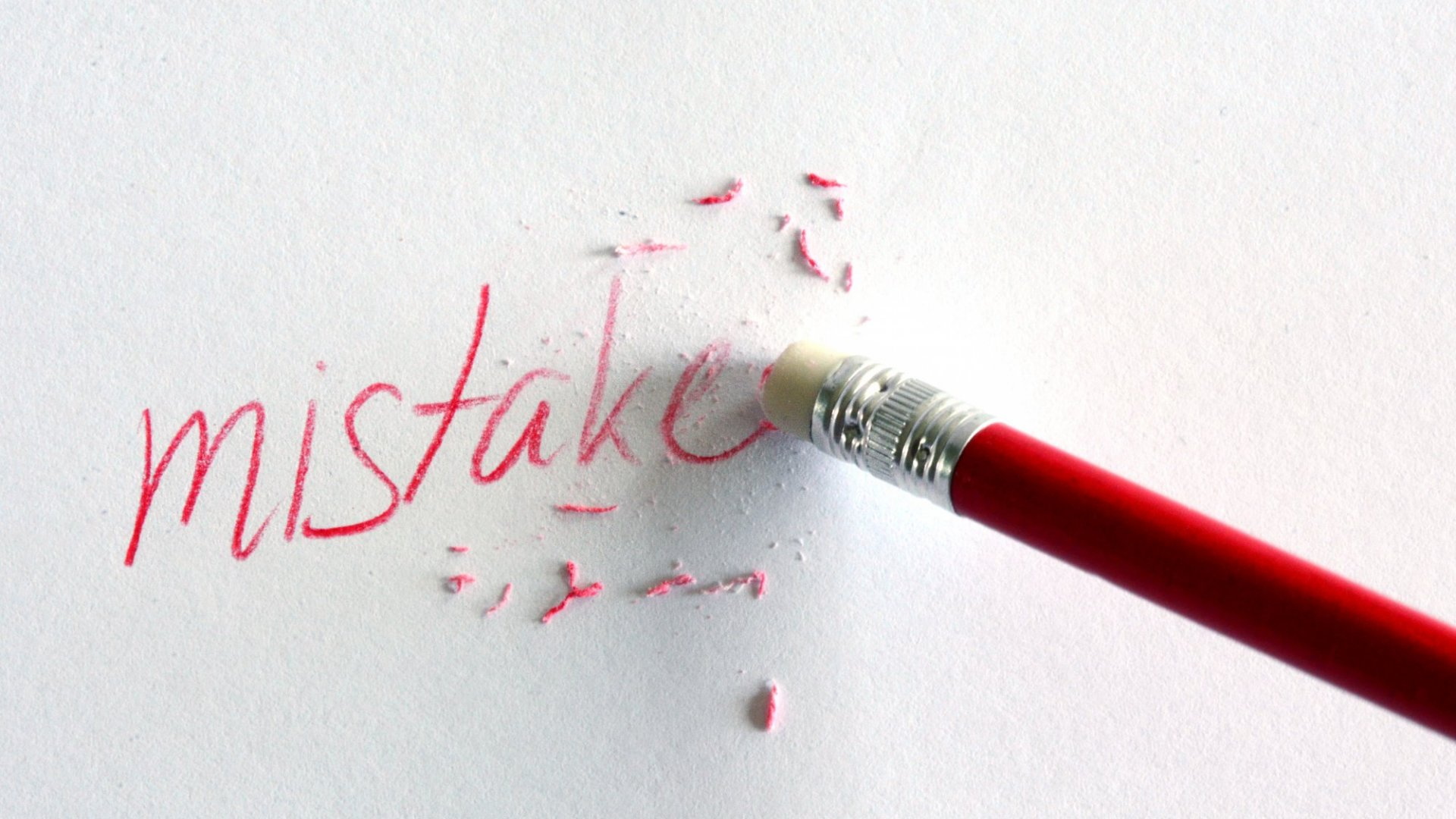 How to Avoid the 3 Most Common Startup Mistakes - Advice From Successful Founders
