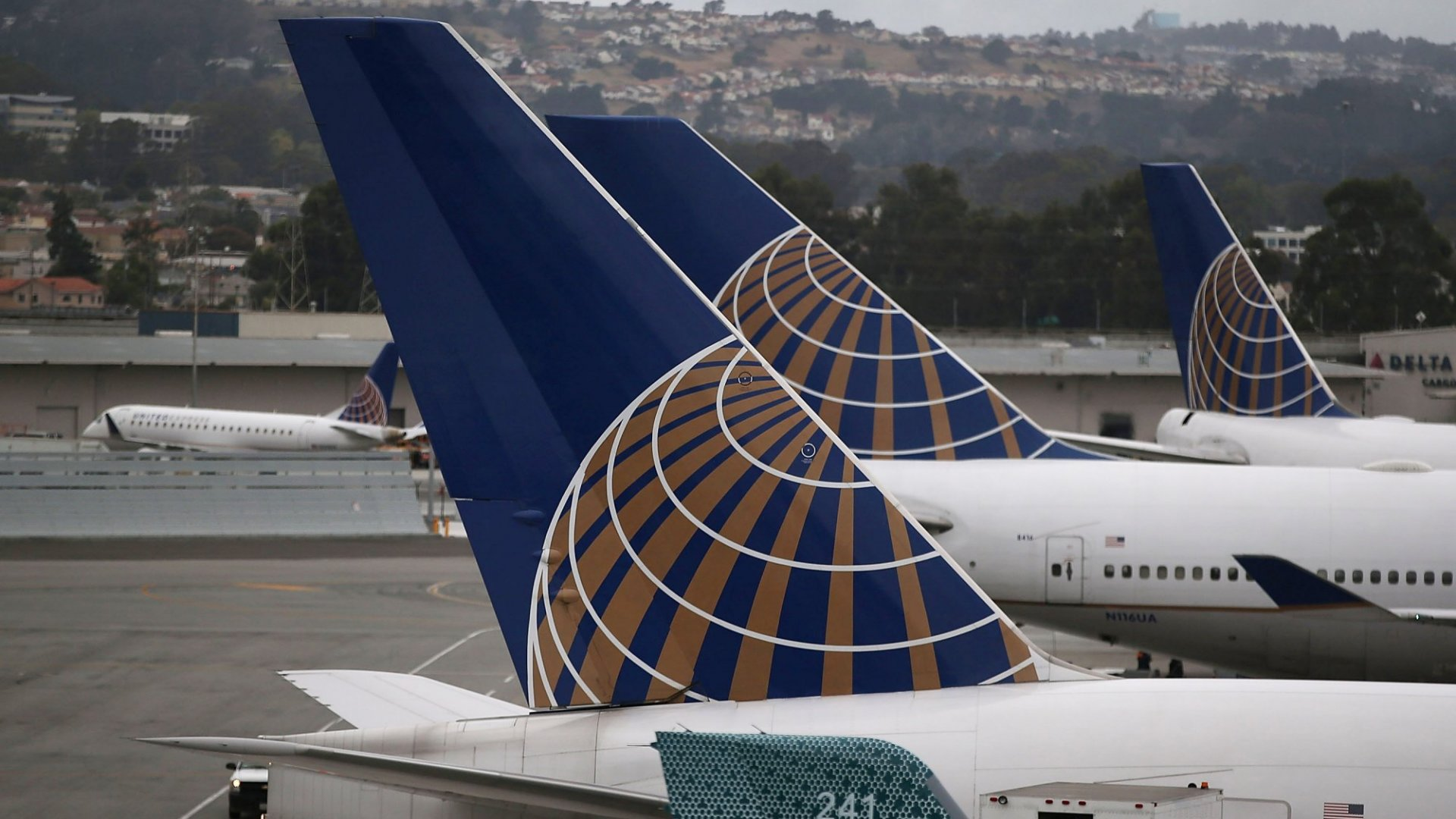 United Airlines Said It Just Fired 35 Employees For Doing Something Really Greedy (and Not Very Smart)