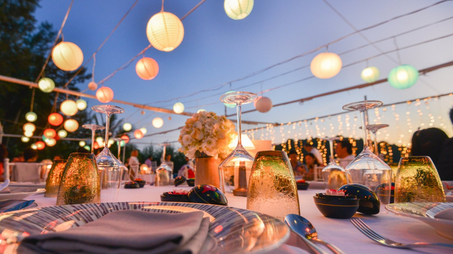 8 Tips for Planning a Buzzworthy Event