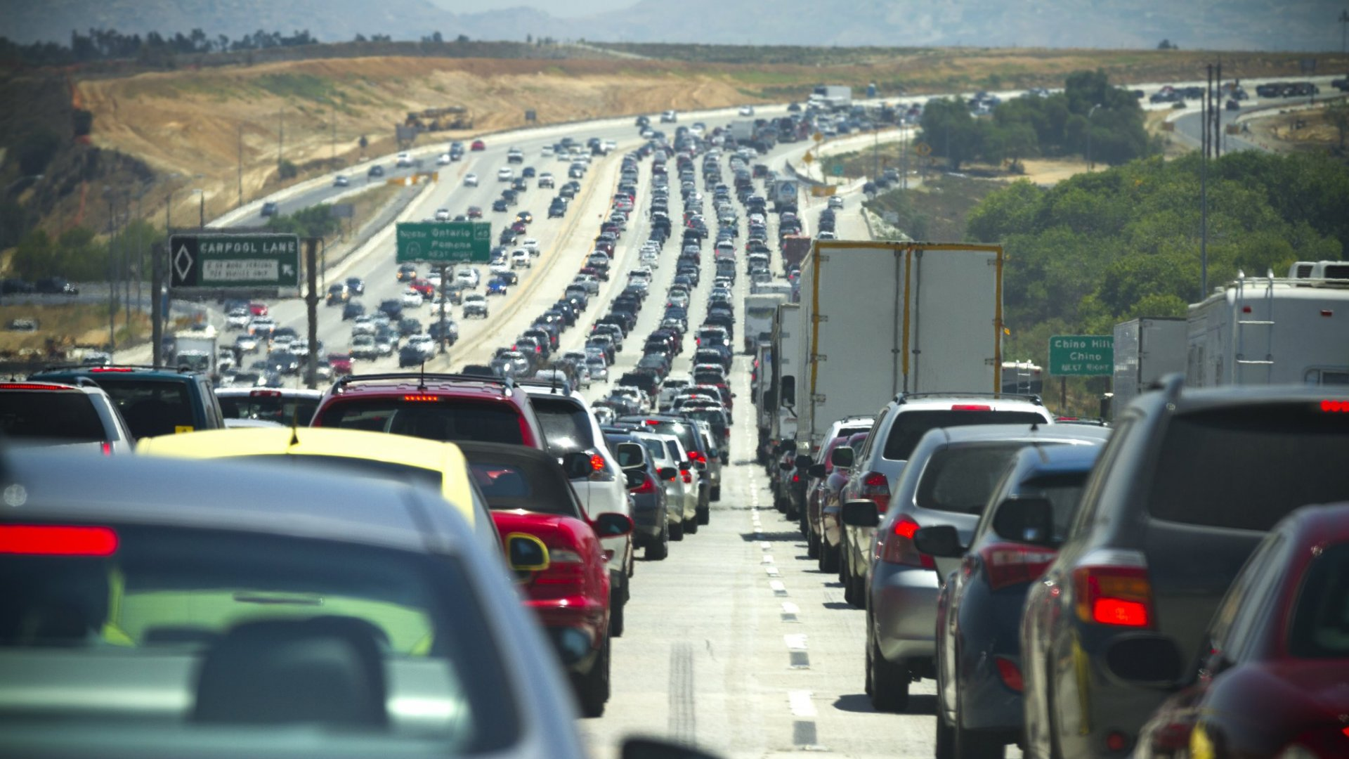 Predictions of a 12-Year High in Thanksgiving Traffic. Here's How to Make It Fun for Everyone