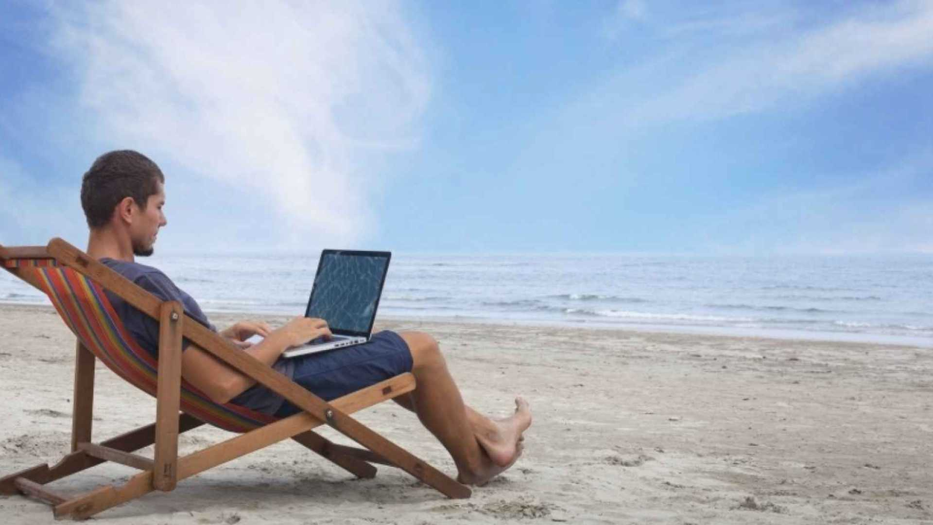 This Entrepreneur Lets His Employees Work Wherever They Want