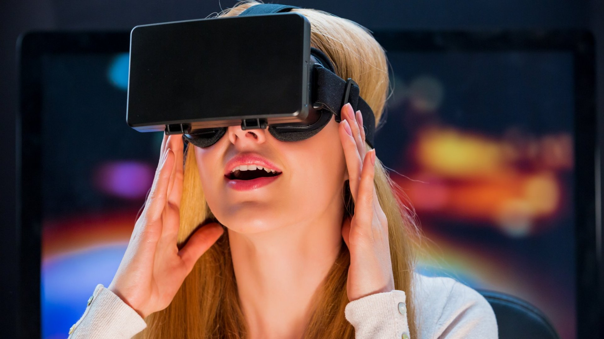 Why This Former Twitter Exec Sees Major Potential in Virtual Reality