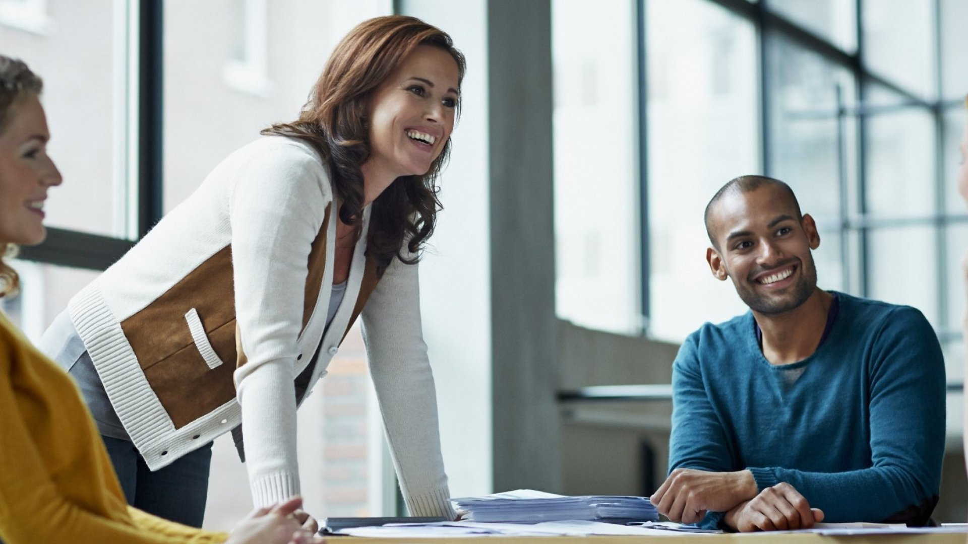 6 Great Ways to Make Small Talk Less of a Chore
