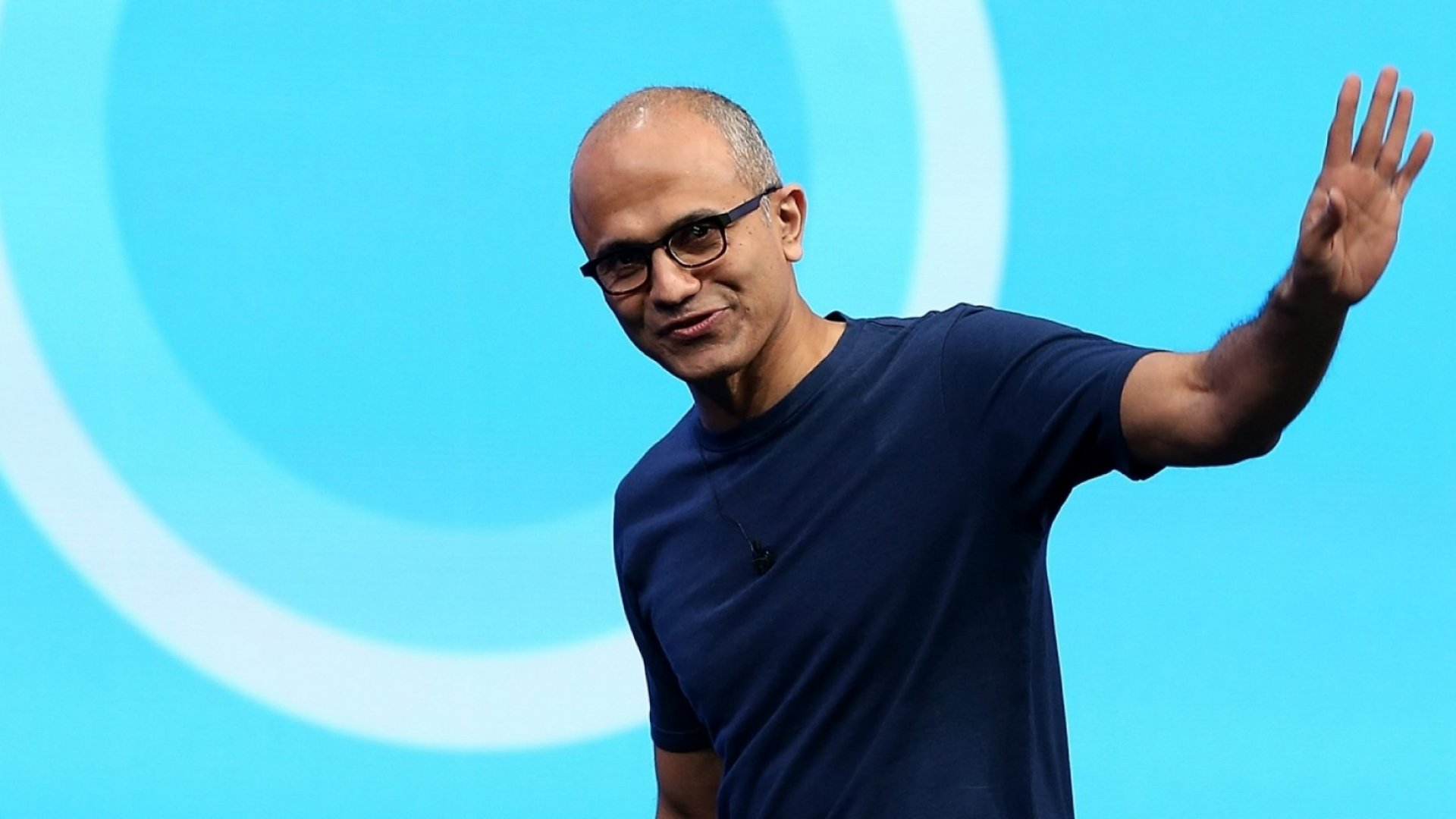 19 Books Bill Gates and the CEOs of Microsoft, Google, PayPal, and Wal-Mart Think You Should Read