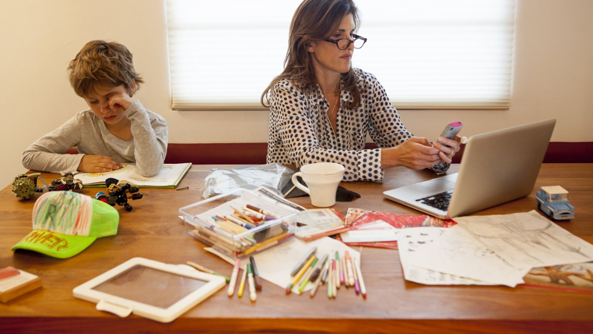 9 Unforgettable Lessons I Learned From My Working Mother