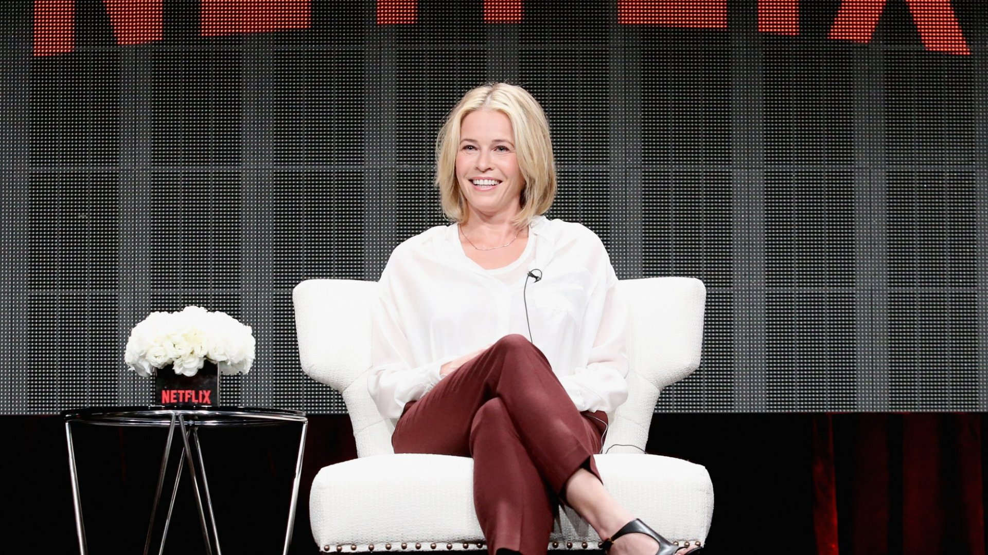 Every Morning, Millionaire Chelsea Handler Spends 20 Minutes Doing This