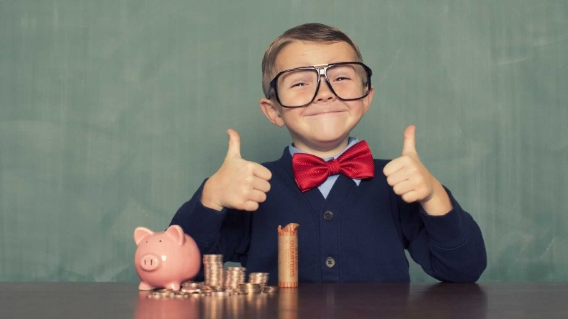 This Is What You Should be Teaching Your Kids About Money, According to a Finance Prof
