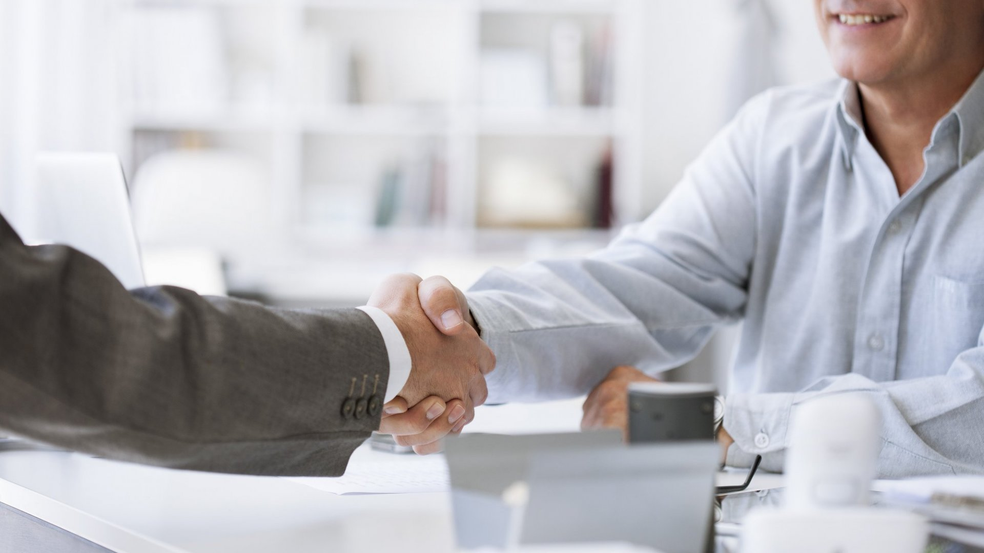 7 Essential Ways to Build Trust Among Your Employees