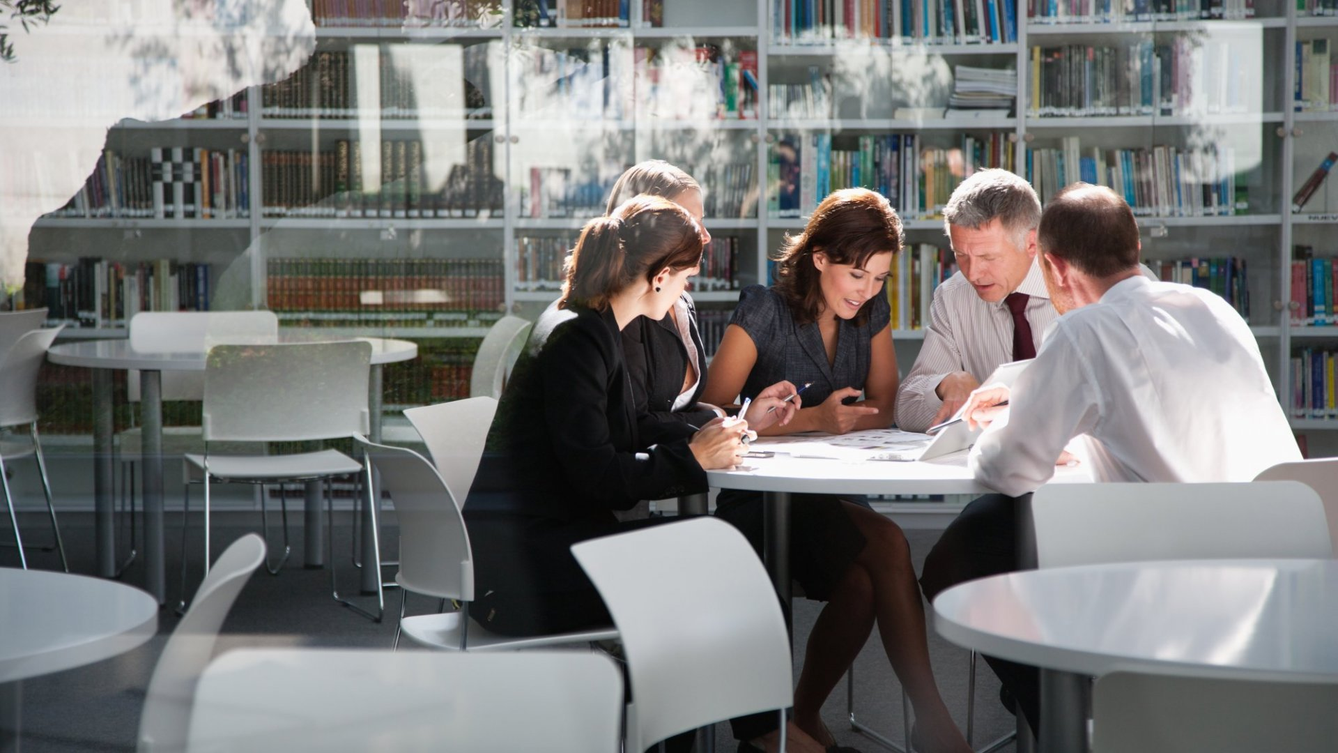 6 Alarming Trends in Modern Meetings (Infographic)