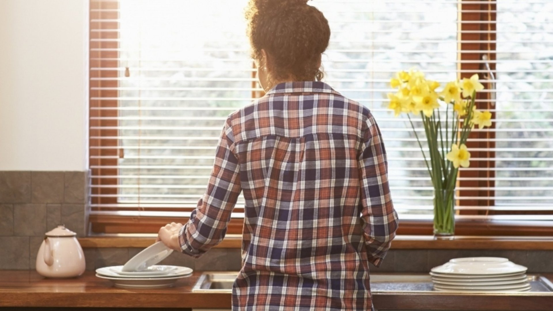 Crazy Science: How Household Chores Can Boost Happiness