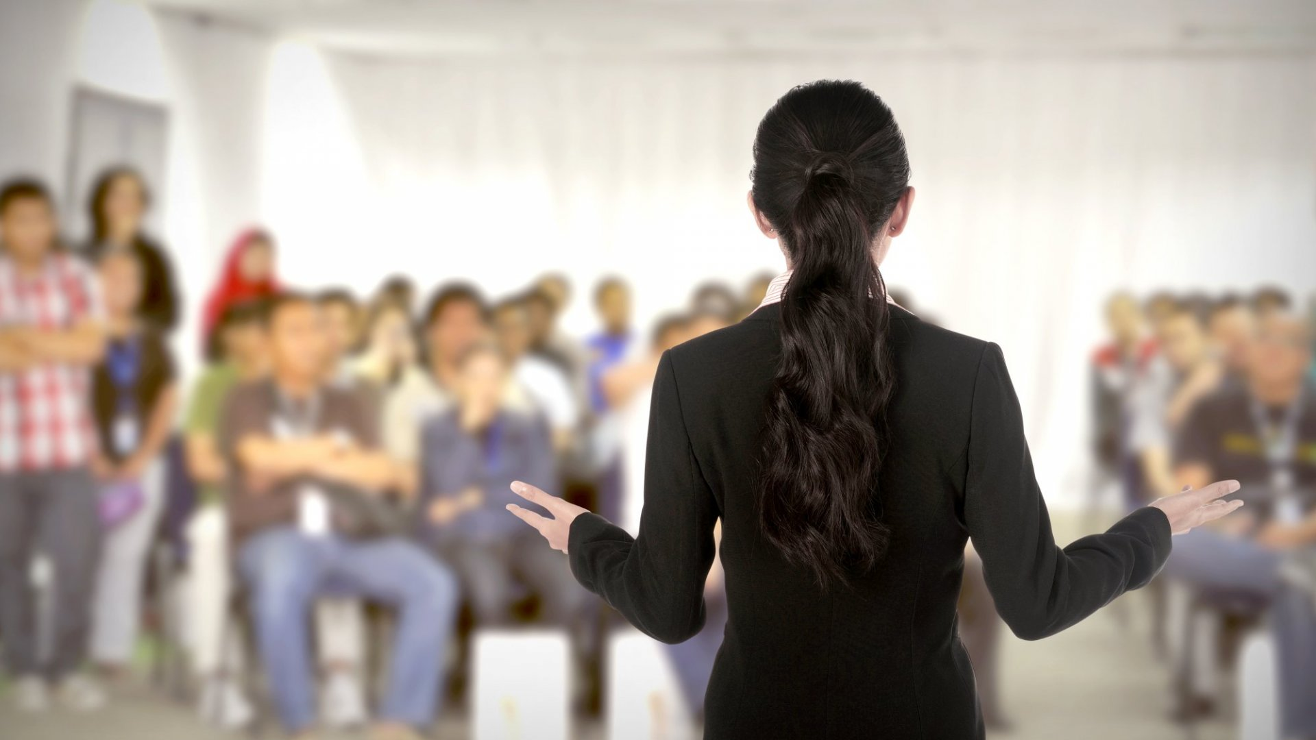 Convert Your Audience: 3 Steps to Self-Aware Public Speaking