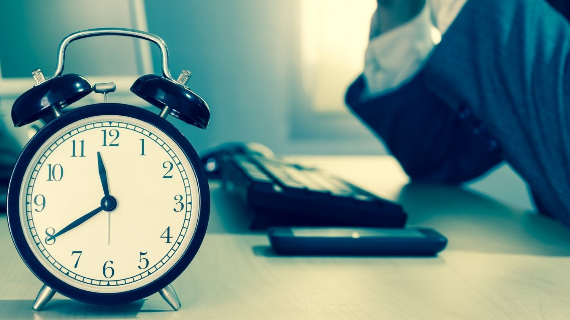 Here's Why You Should Stop Pretending to Be Busy