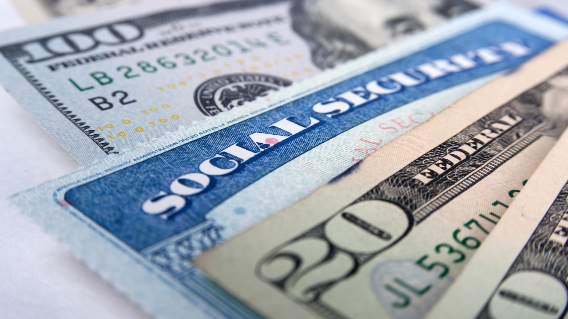 In Just 90 Seconds, This Government Website Shows You How Much Money to Expect From Social Security. (Millions of Americans Will Find a Very Big Surprise)