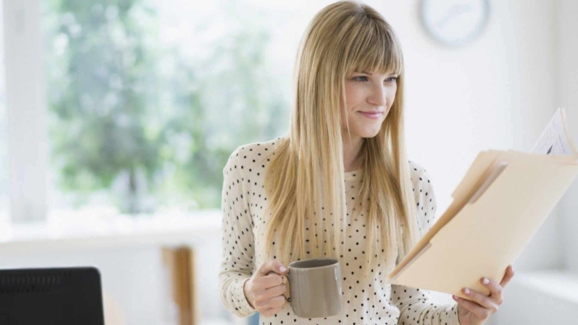 3 Things Remarkably Successful People Do During the First Hour of Each Day