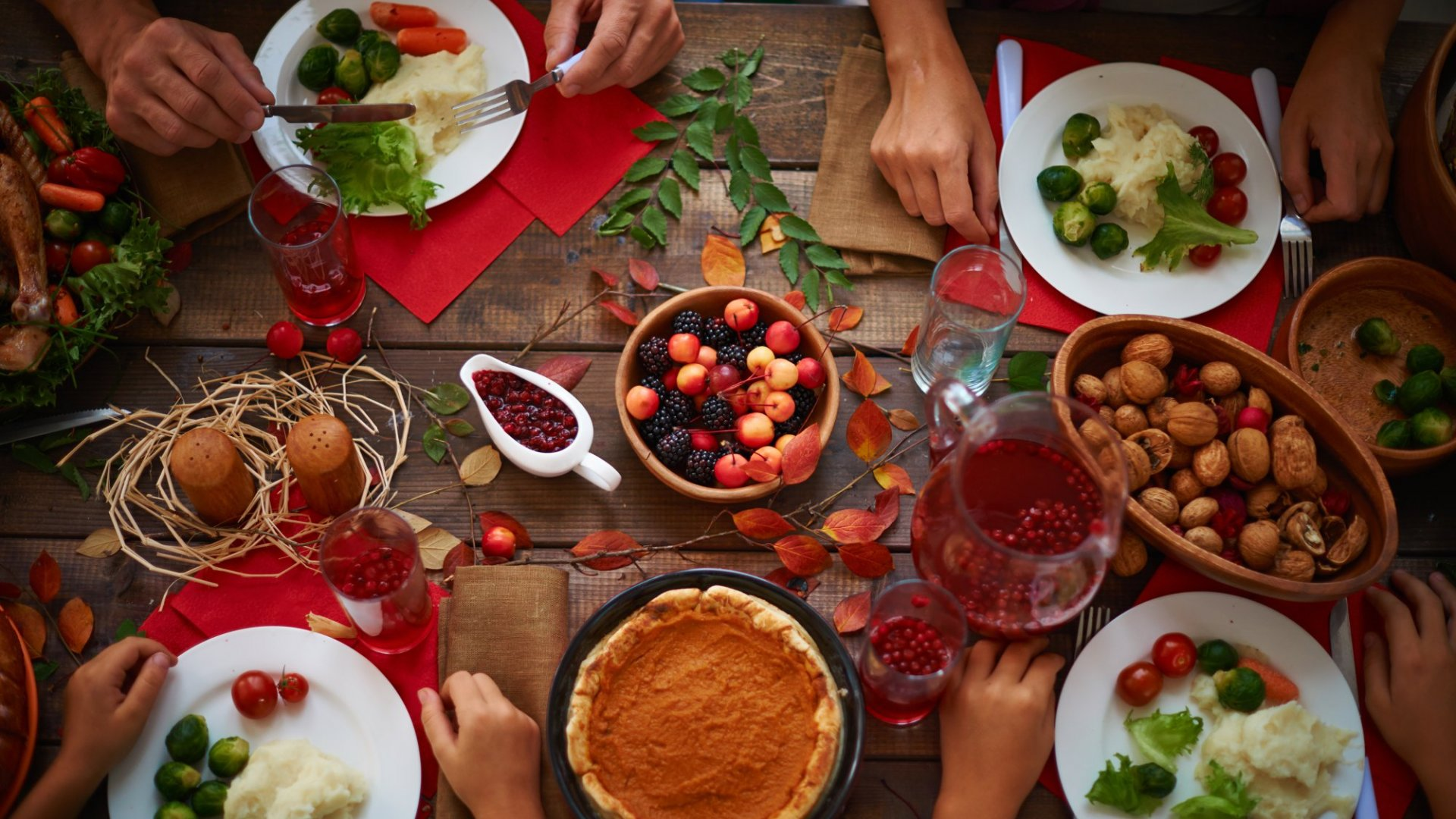9 Ways You Can Still Be Productive During Thanksgiving (Even With Family Around)