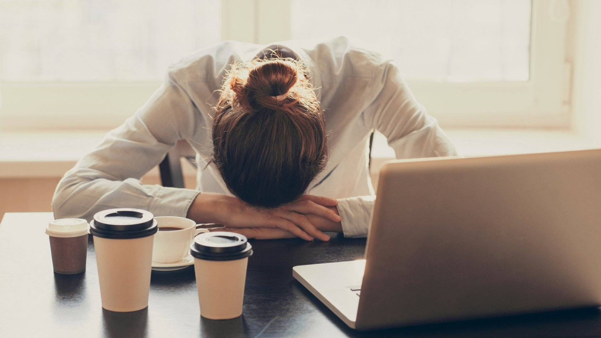 6 Ways to Perk Up at Work That Aren't Coffee