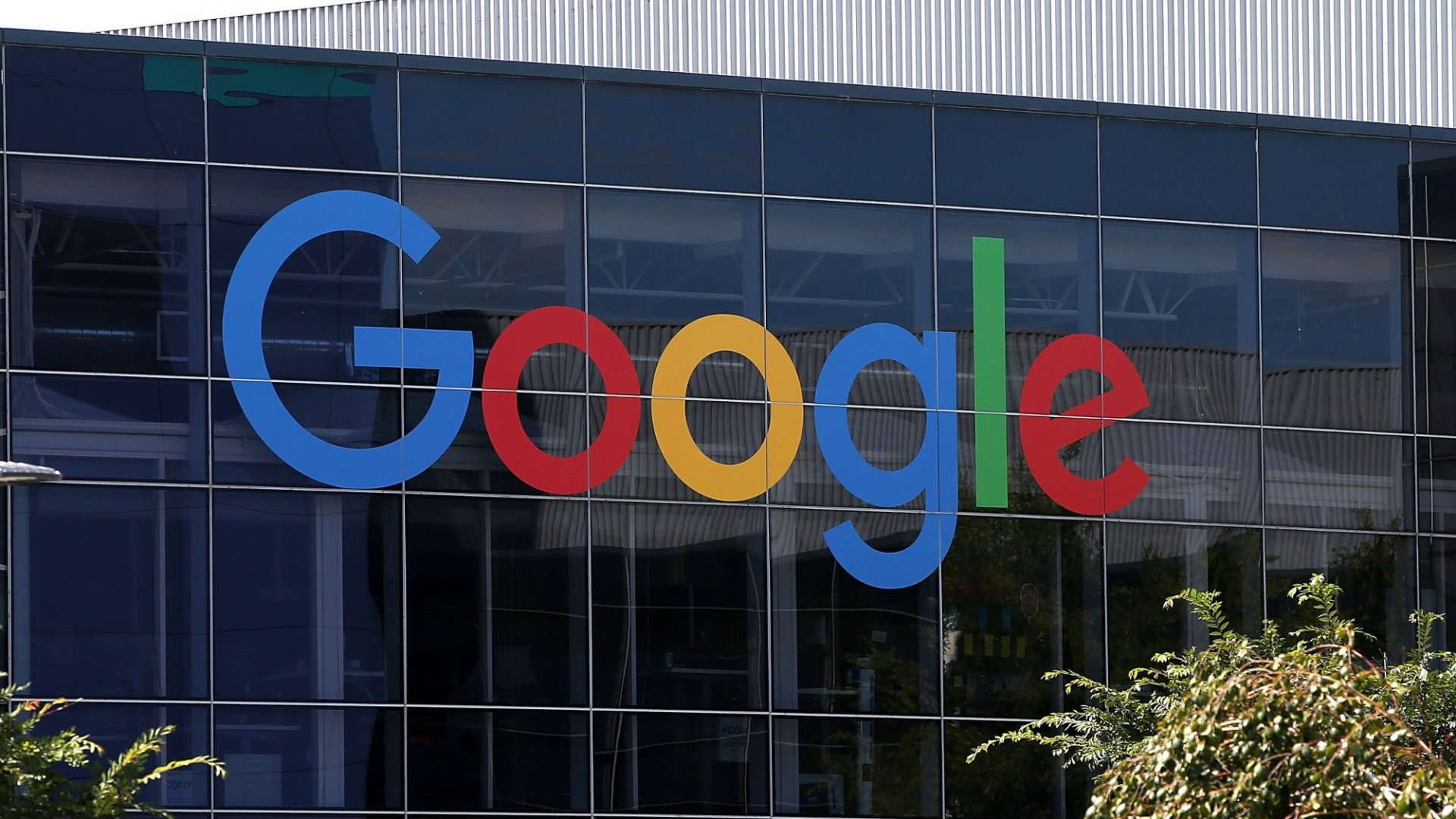 Google: 'No Gender Pay Gap' Found After Jobs Analysis in 2016