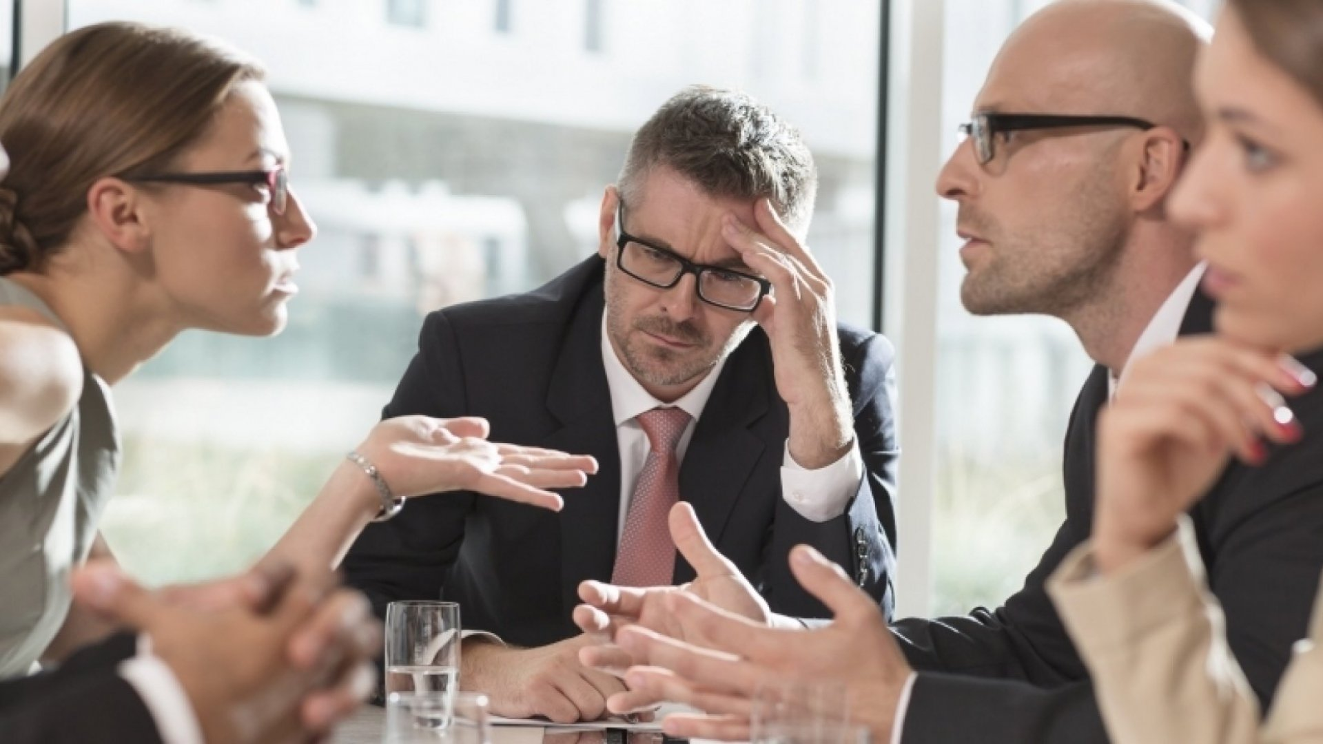 How to Recognize the Warning Signs of a Serious Workplace Conflict