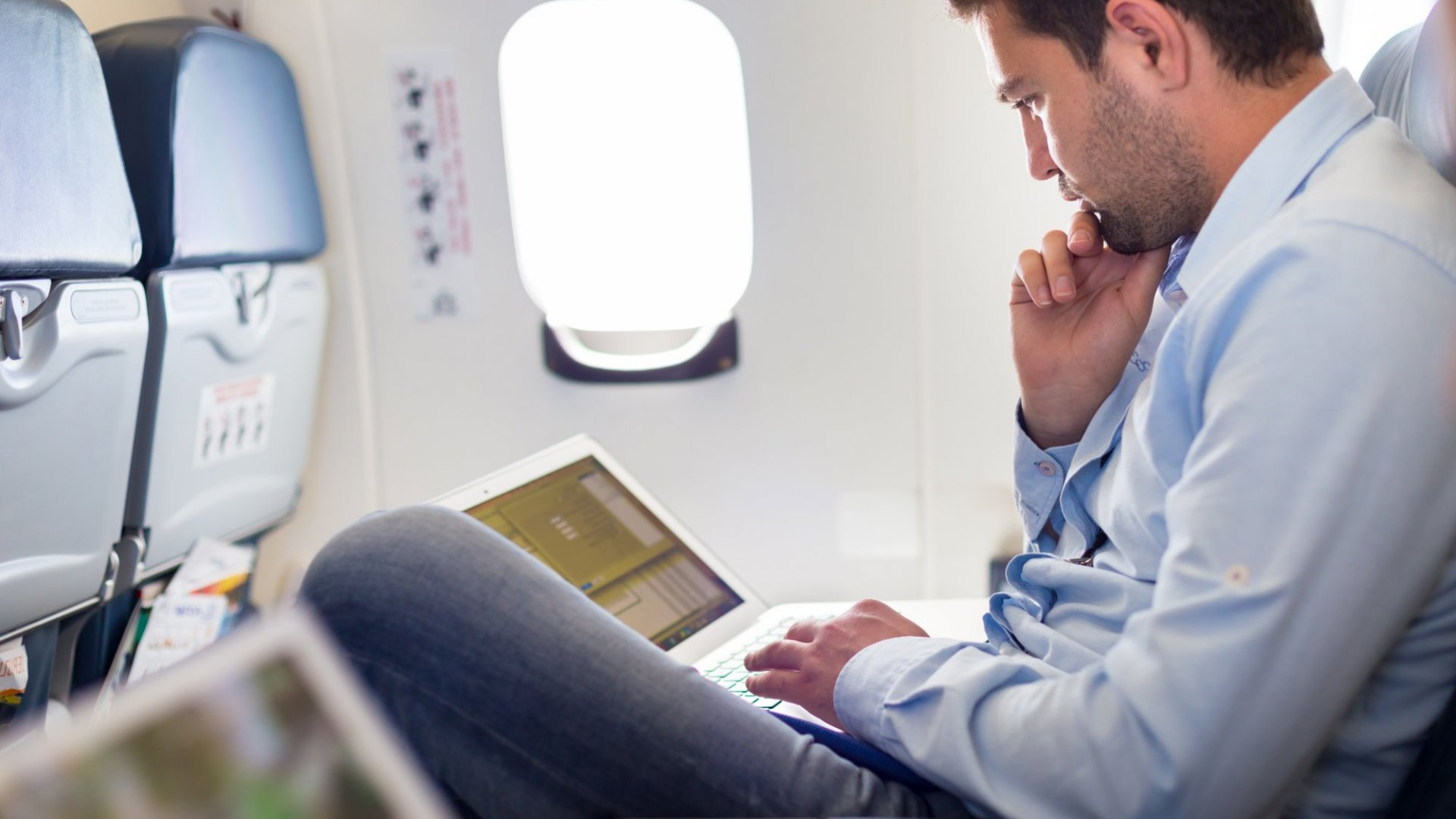 Why In-flight Wi-Fi May Finally be Taking Off