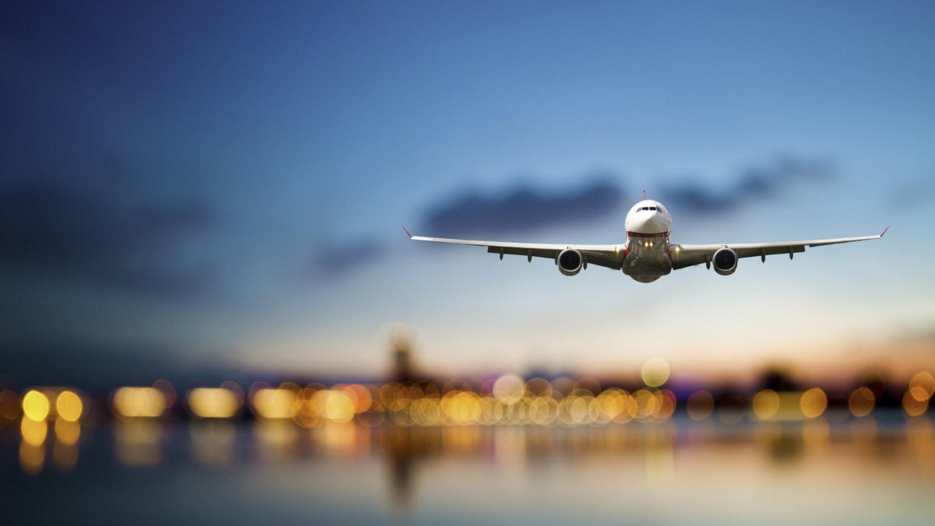 6 Tips From Super Travelers on Reducing Jet Lag