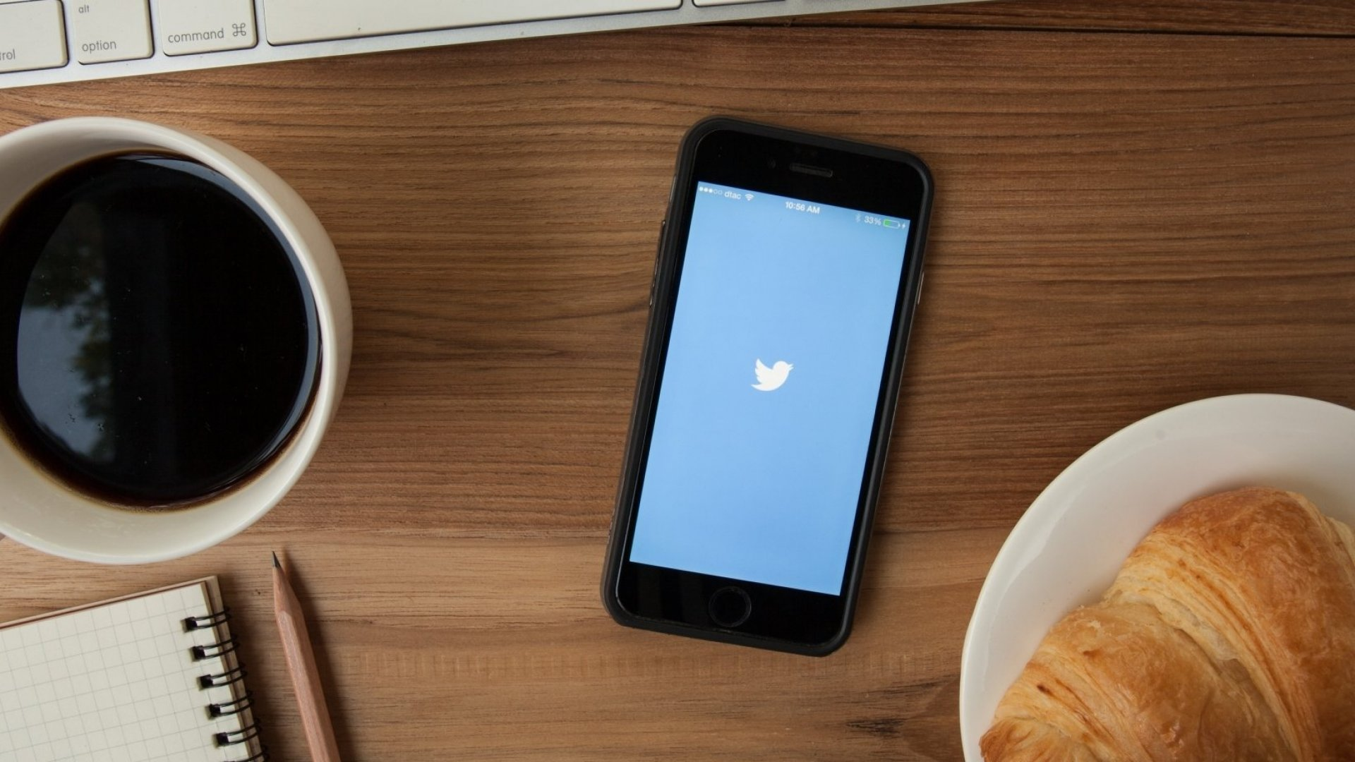 How Twitter and Periscope Changed the Game While You Were Sleeping