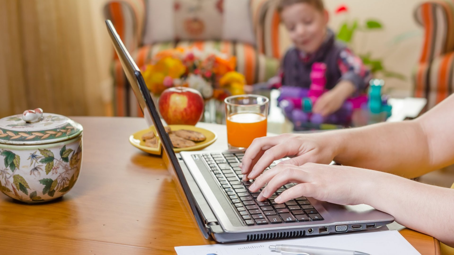 Work From Home? Here Are 6 Things You Should Do Every Day