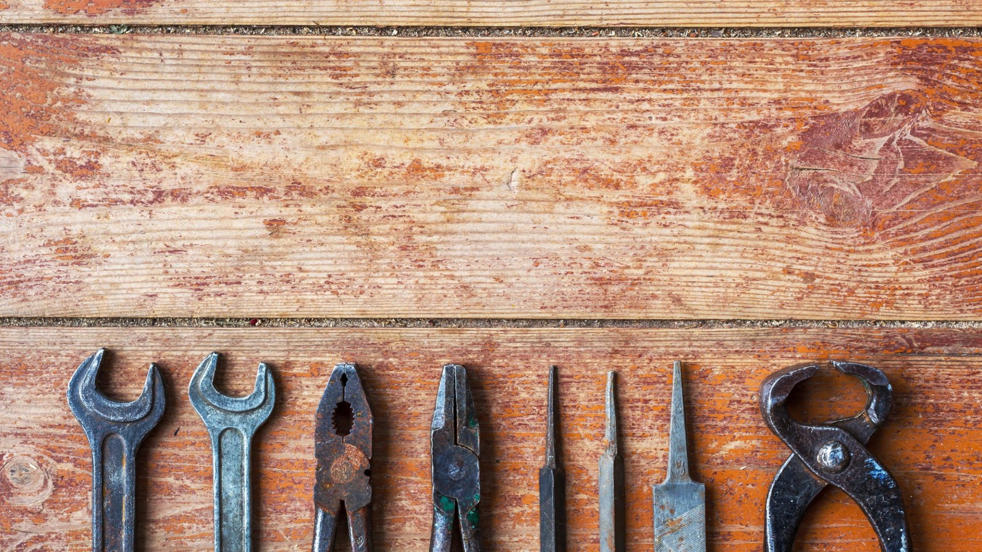Here are 2017's Top 20 Tools Every Small Company Needs