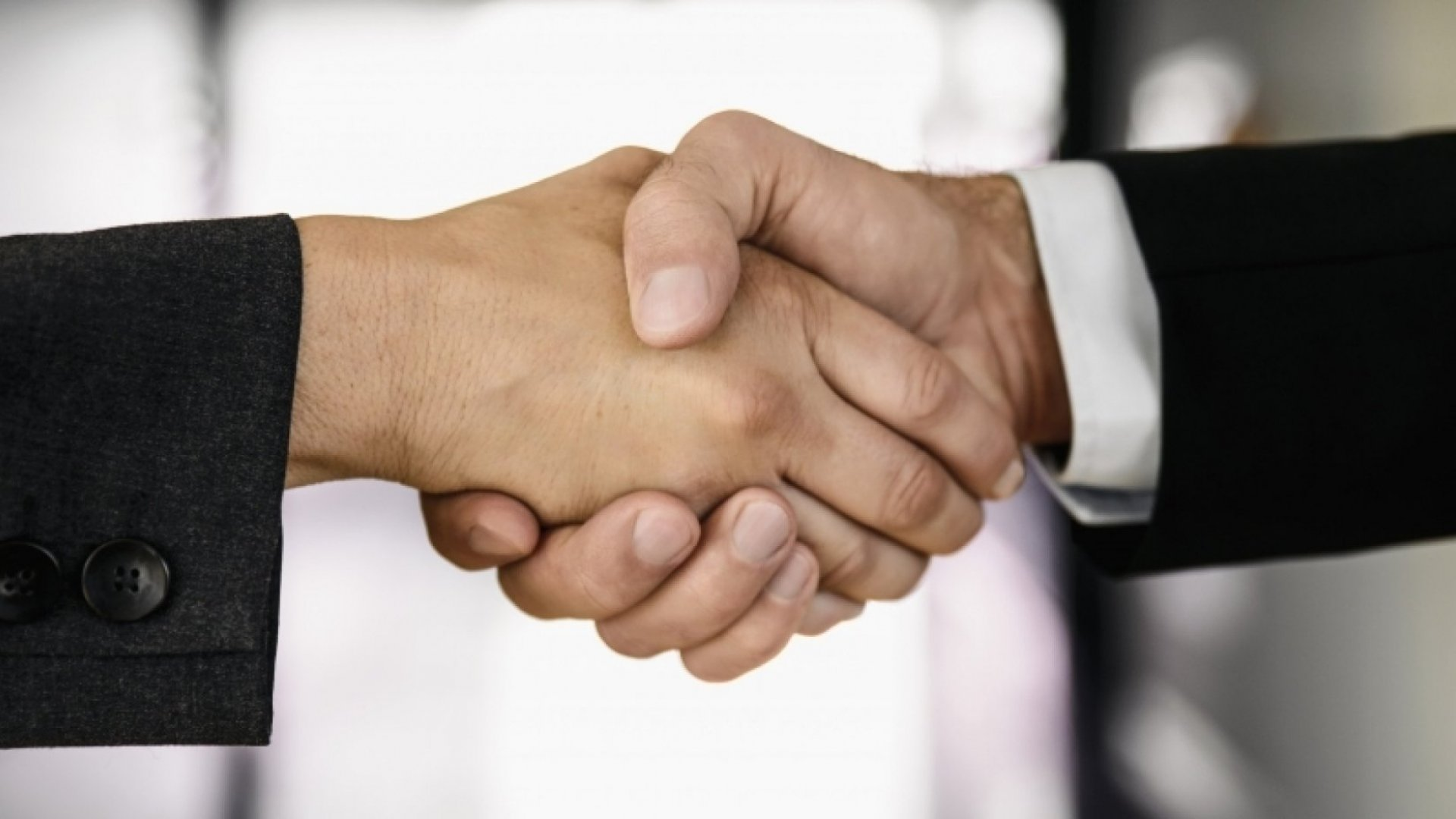 Successful Sales: How to Build Relationships and Still Close the Deal
