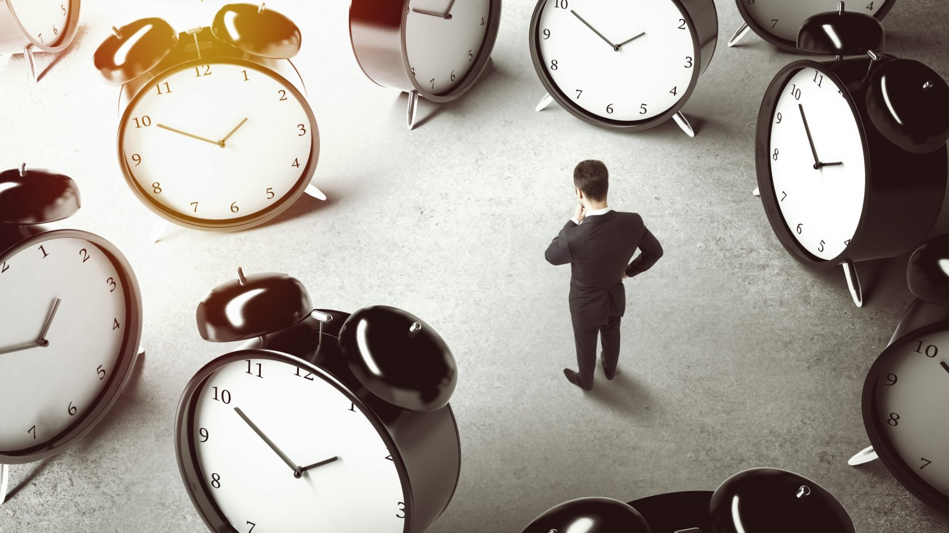 40 Useful Self-Management Hacks to Master Your Time