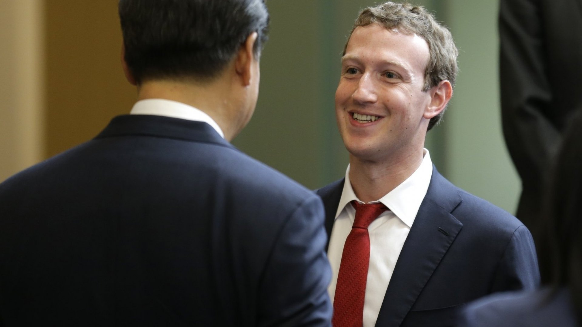 Mark Zuckerberg Is Learning Chinese. Here's Why You Should Too