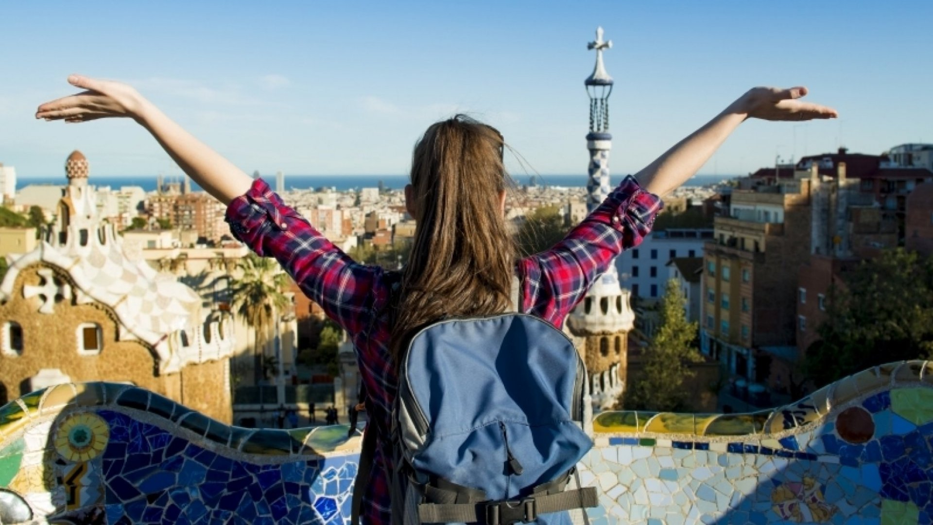 10 Reasons It's a Great Idea to Start Your Career Working Abroad
