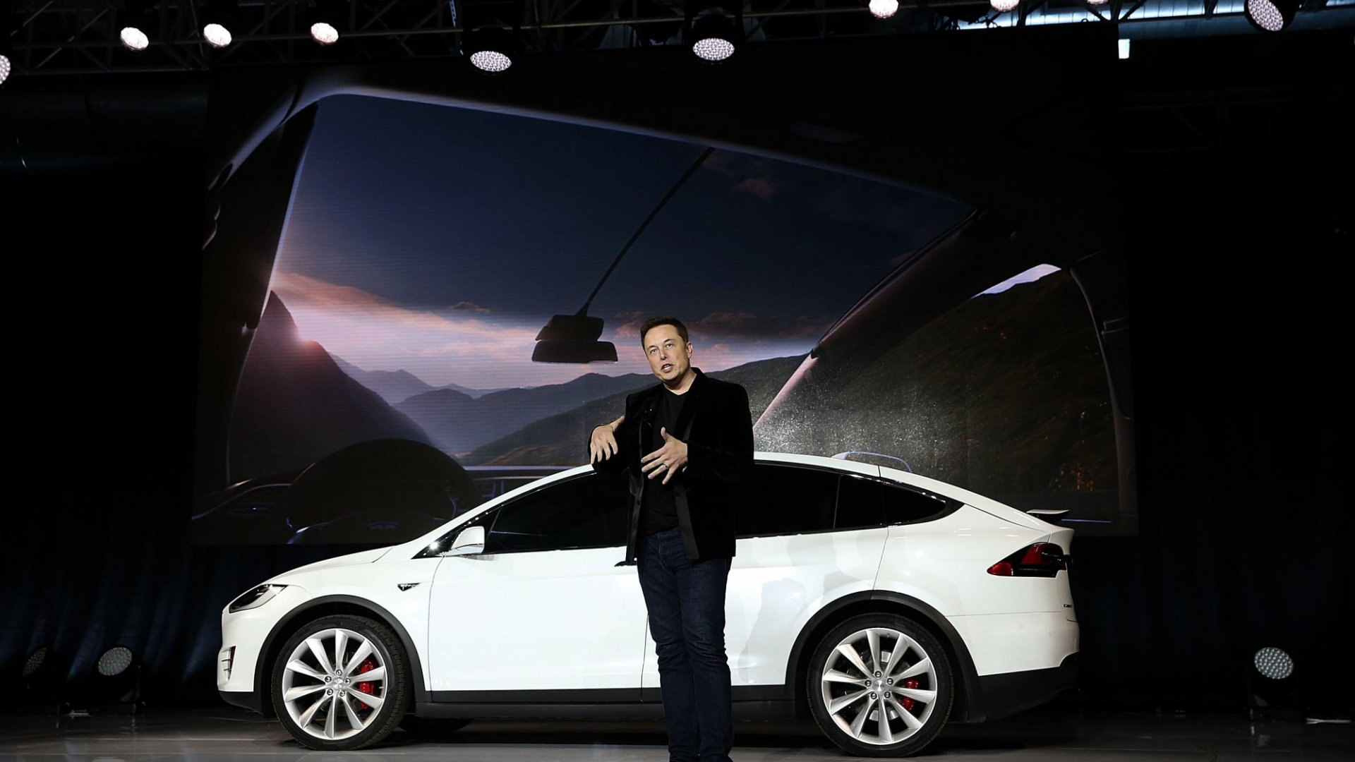 The Huge Challenge Elon Musk Is Facing Right Now