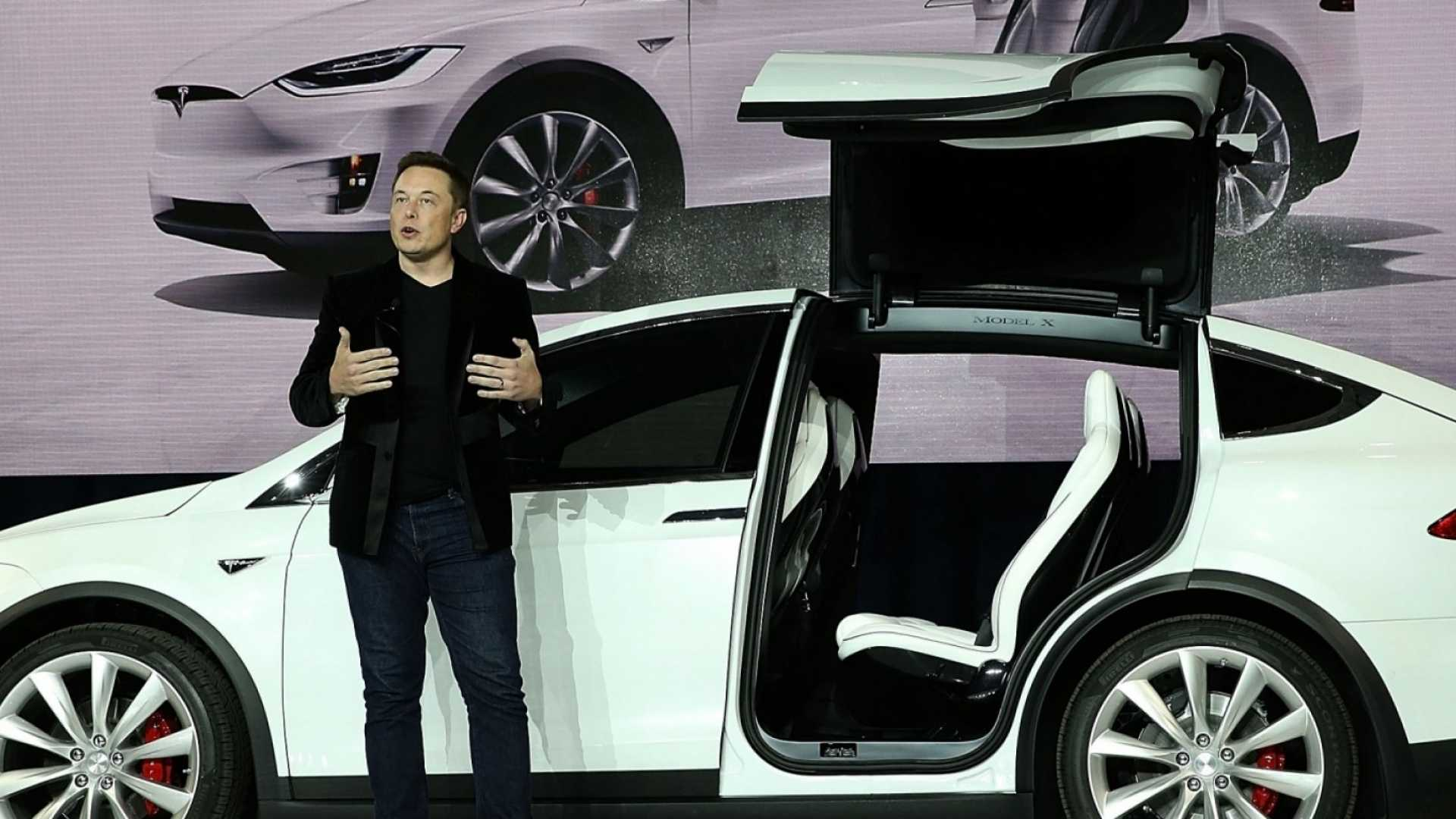 What Tesla's Hurricane Irma Response Says About the Future of Innovation