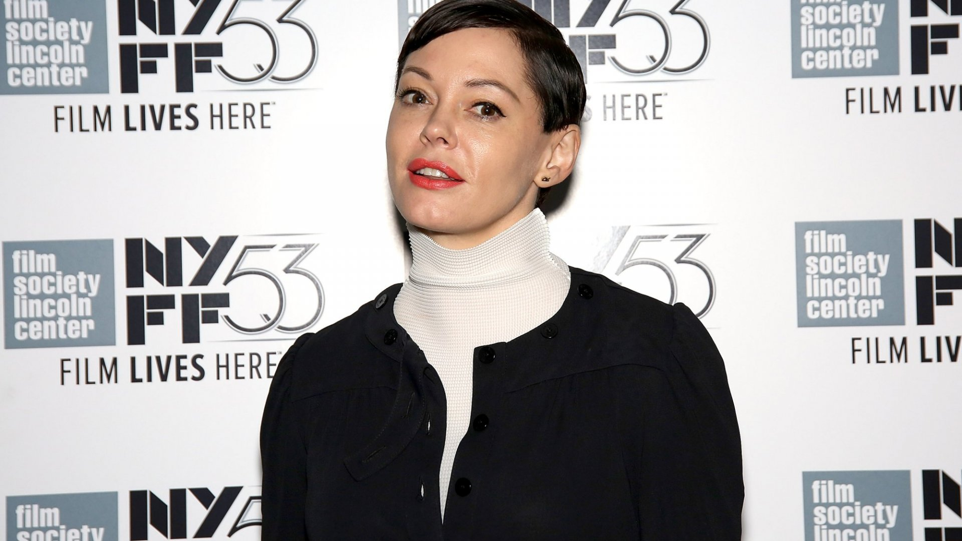 Twitter Suspended Rose McGowan's Account--and It Shows a Shocking Inconsistency (Look at Who It Hasn't Suspended)
