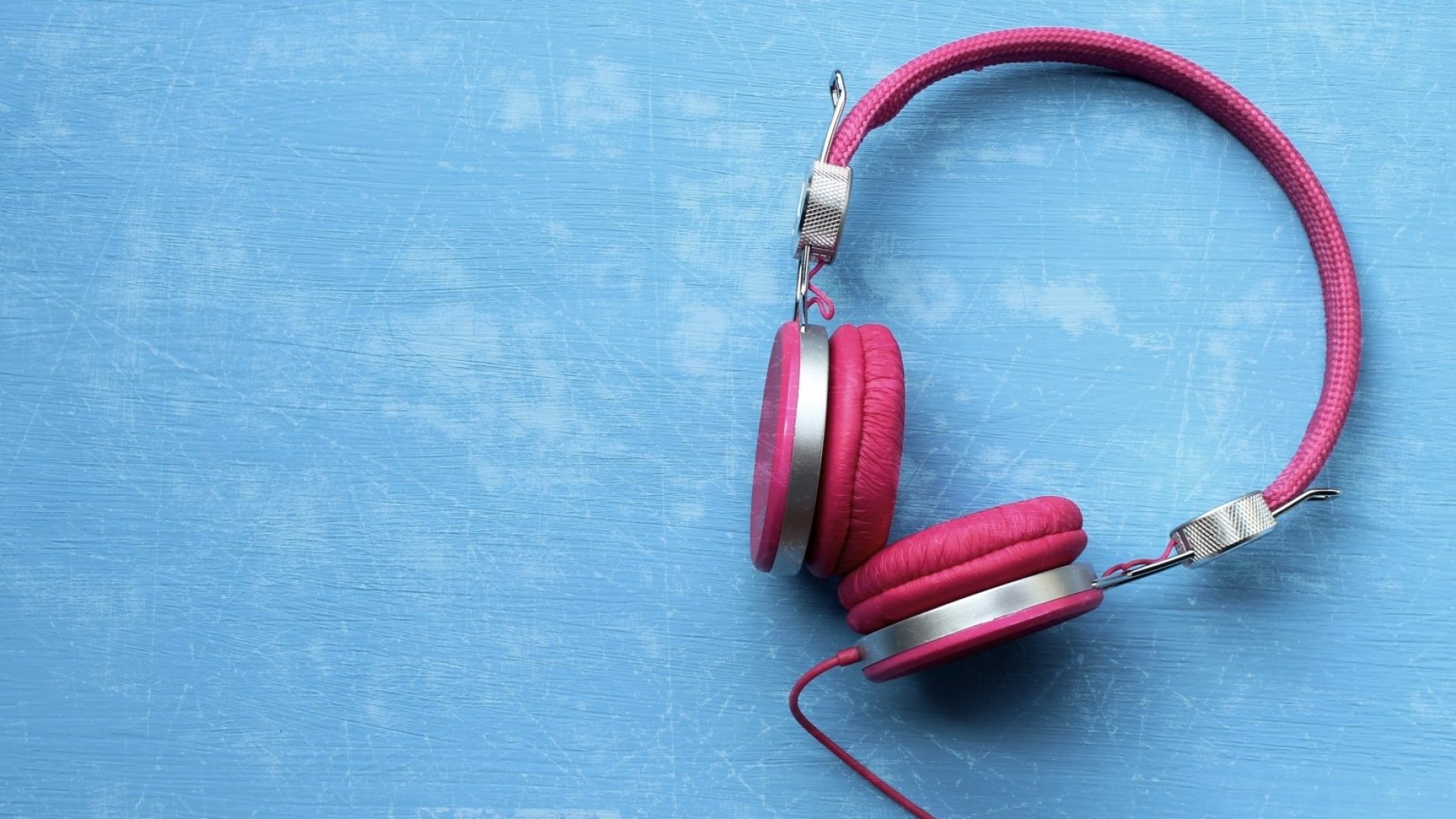 Science Says Listening to These 5 Songs Will Make You Remarkably Happy